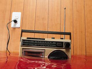 radio-dying_320